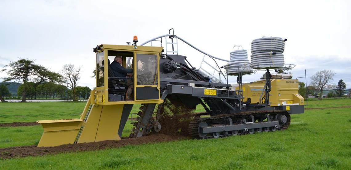 Trenching Machines Working : Land drainage trenchers mastenbroek limited