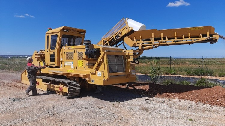 Mastenbroek 2021 17/17 self-propelled rock trencher